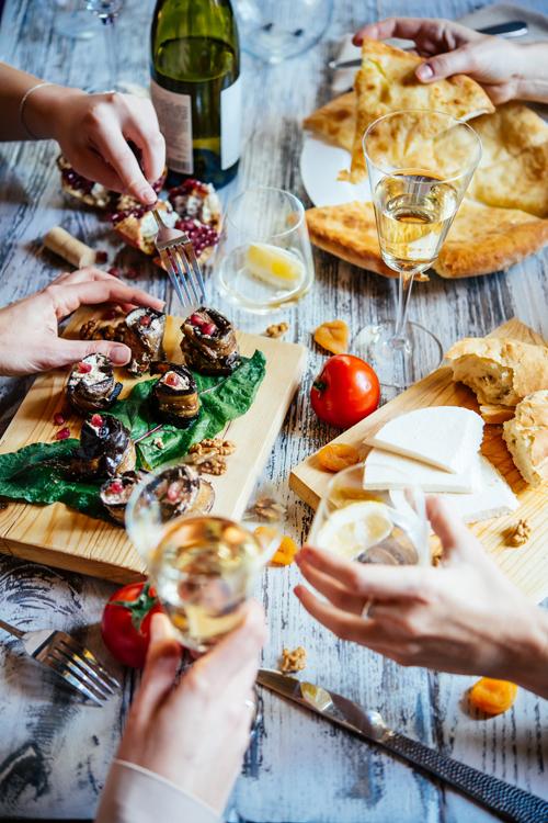 Winna Sobota Wina I Tradycyjna Kuchnia Gruzińska Dwór